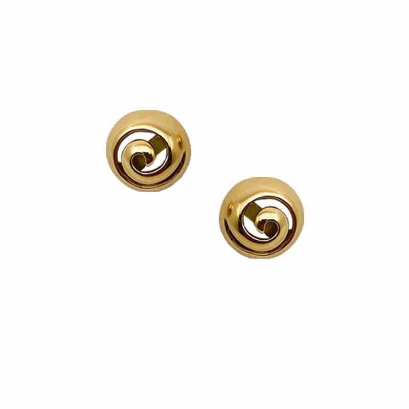 Pendientes de oro de media esfera y caracola