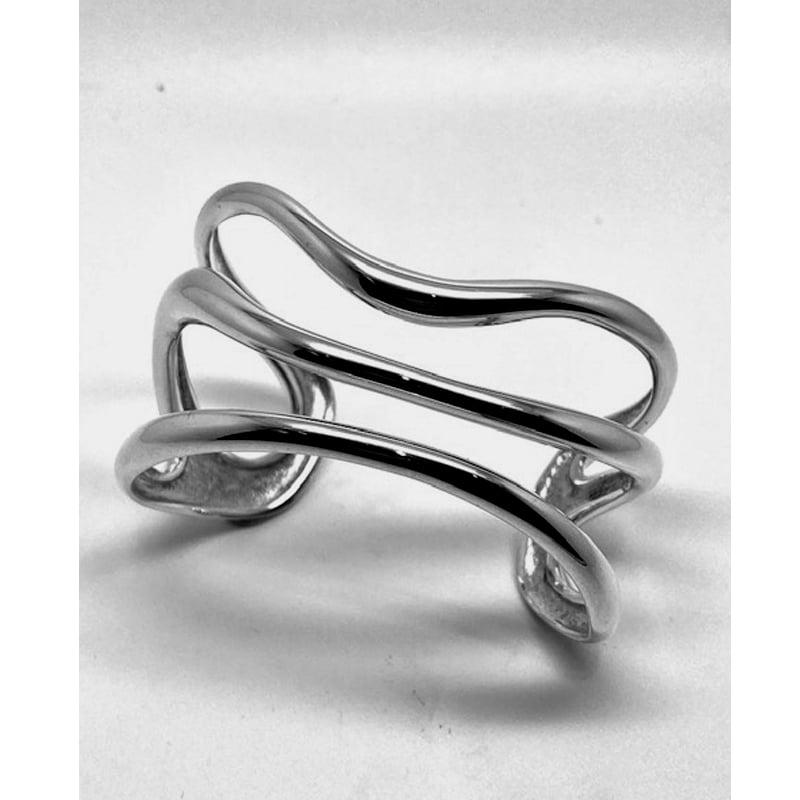 Brazalete de plata de tres hilos