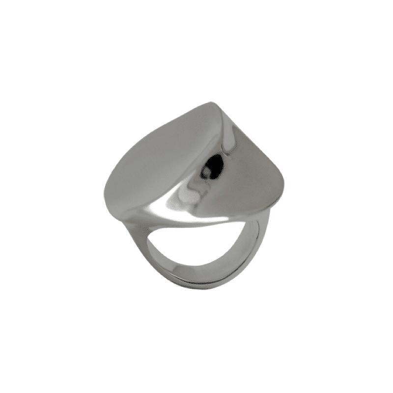 Anillo de plata con forma de pétalo de flor