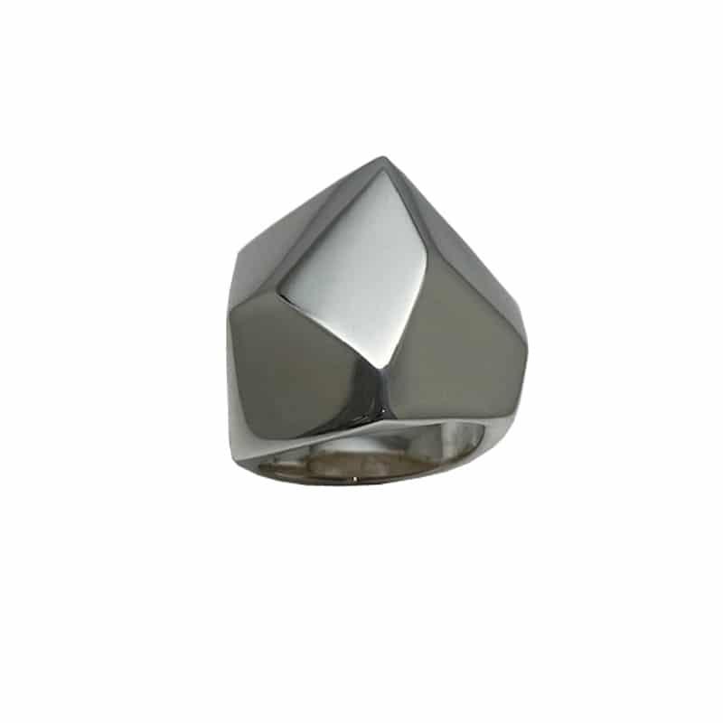 Anel de prata poliédrica