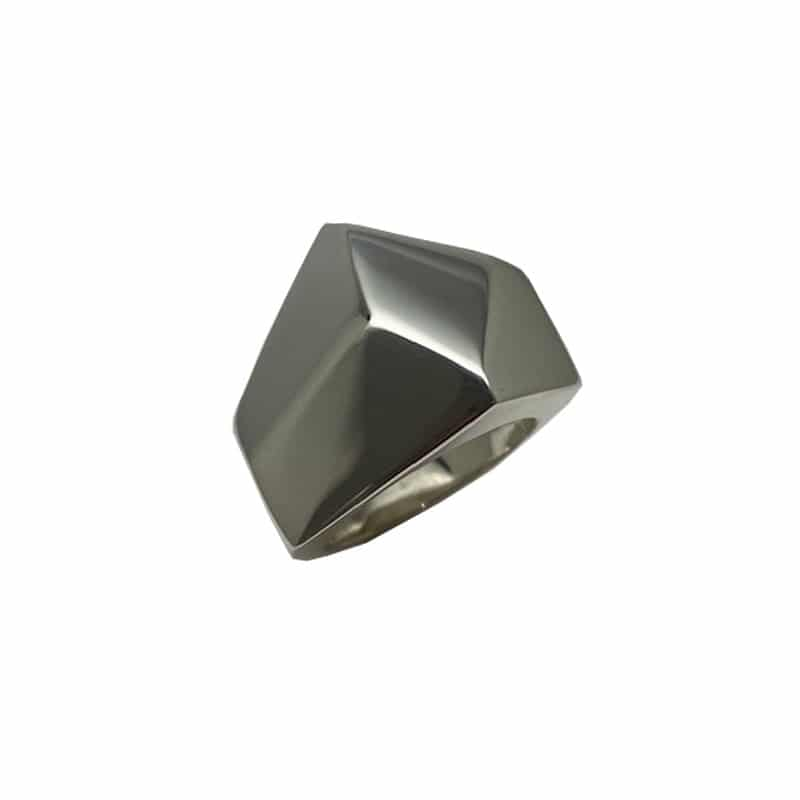 Polyhedral silver ring