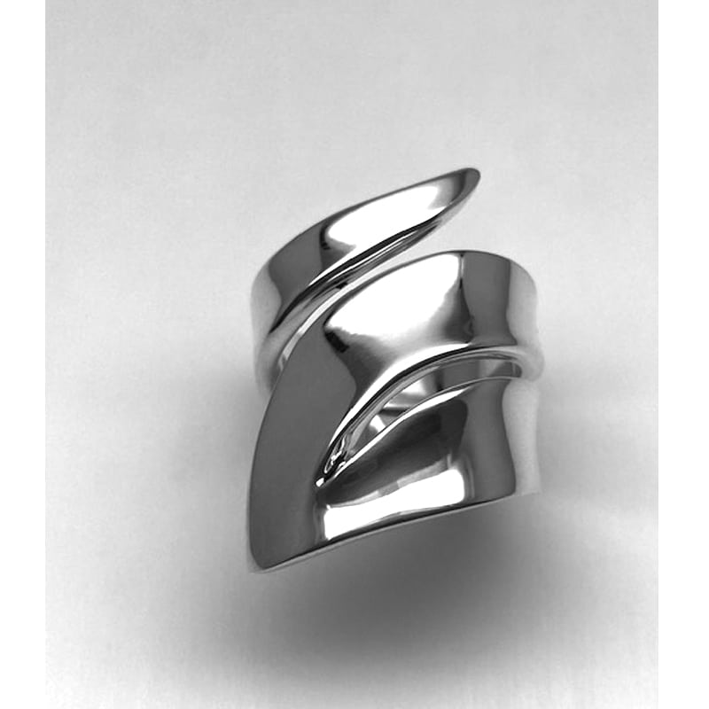Silver ring in openwork leaf