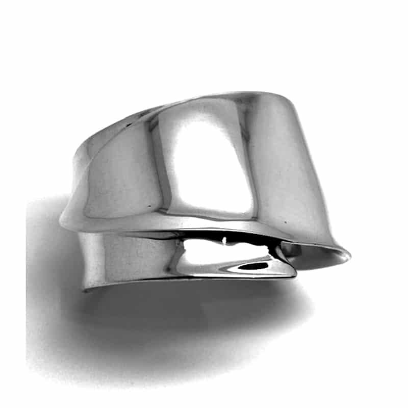 Brazalete de plata en dos planos con hoja superpuesta